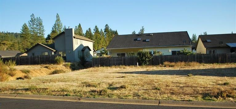 237 Red Cedar Lane, Cave Junction, OR - USA (photo 2)