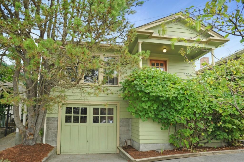 4216 Sw Raymond St., Seattle, WA - USA (photo 1)