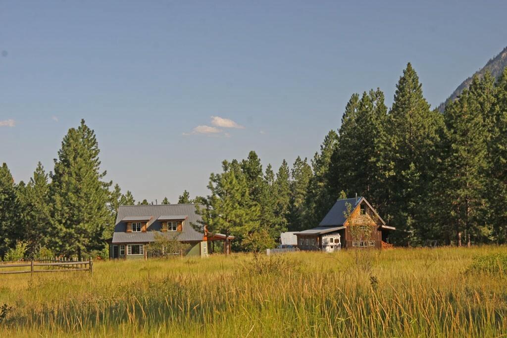 17998 Highway 20, Winthrop, WA - USA (photo 3)