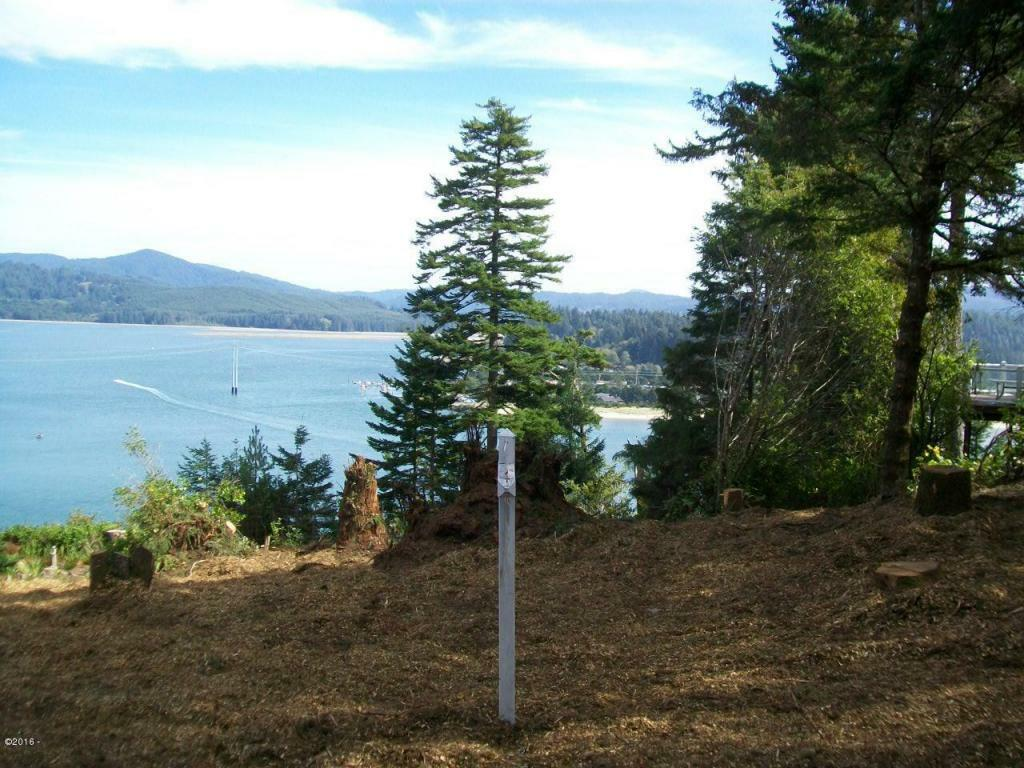 759 Nw Highland Dr, Waldport, OR - USA (photo 1)