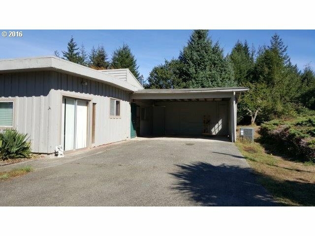 63555 Isthmus Hts Rd, Coos Bay, OR - USA (photo 2)