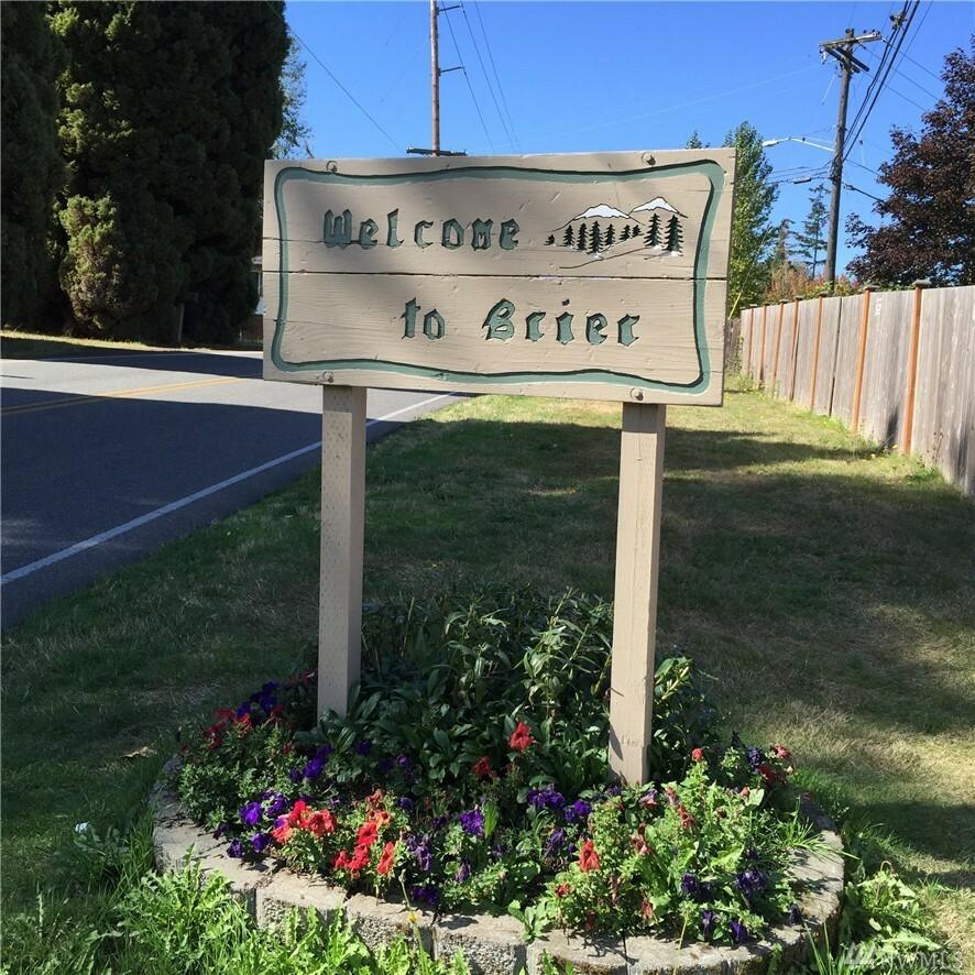 23027 25th Ave W, Brier, WA - USA (photo 2)