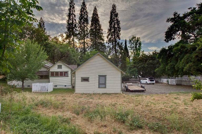 215 South Fourth Street, Jacksonville, OR - USA (photo 3)