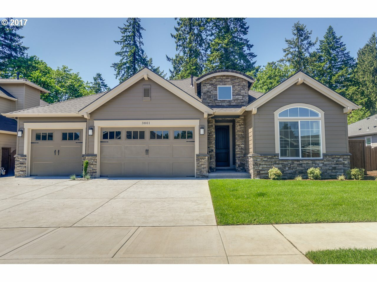 3801 Se Pipers Dr, Hillsboro, OR - USA (photo 1)
