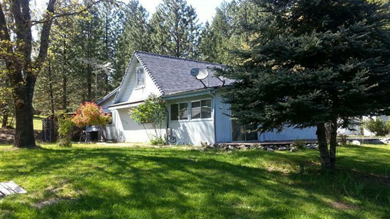 7325 W Evans Creek Road, Rogue River, OR - USA (photo 1)