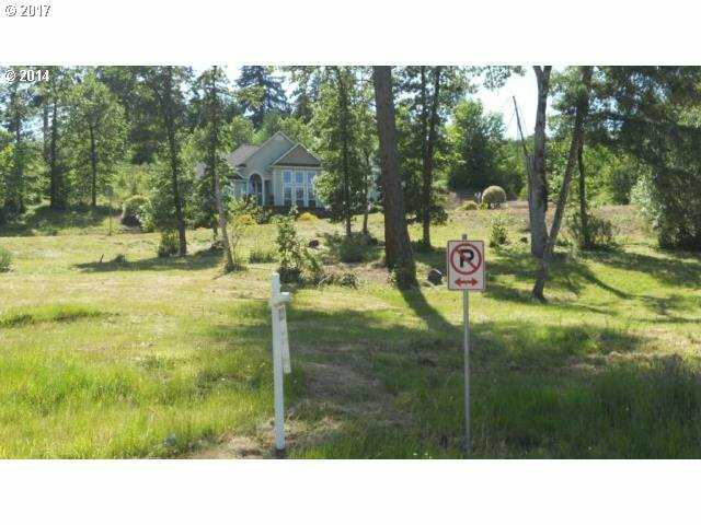 1135 Holly Ave, Cottage Grove, OR - USA (photo 5)