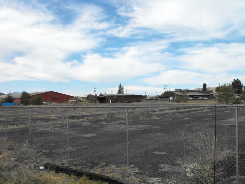 3301 Crosby, Klamath Falls, OR - USA (photo 3)
