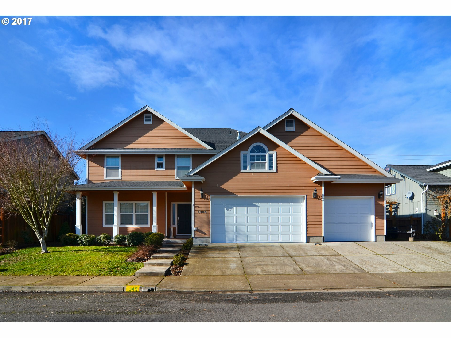 1345 Willow St, Junction City, OR - USA (photo 1)