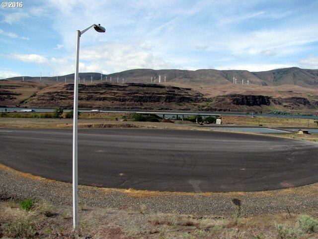 7 Industrial Park Way, Rufus, OR - USA (photo 4)