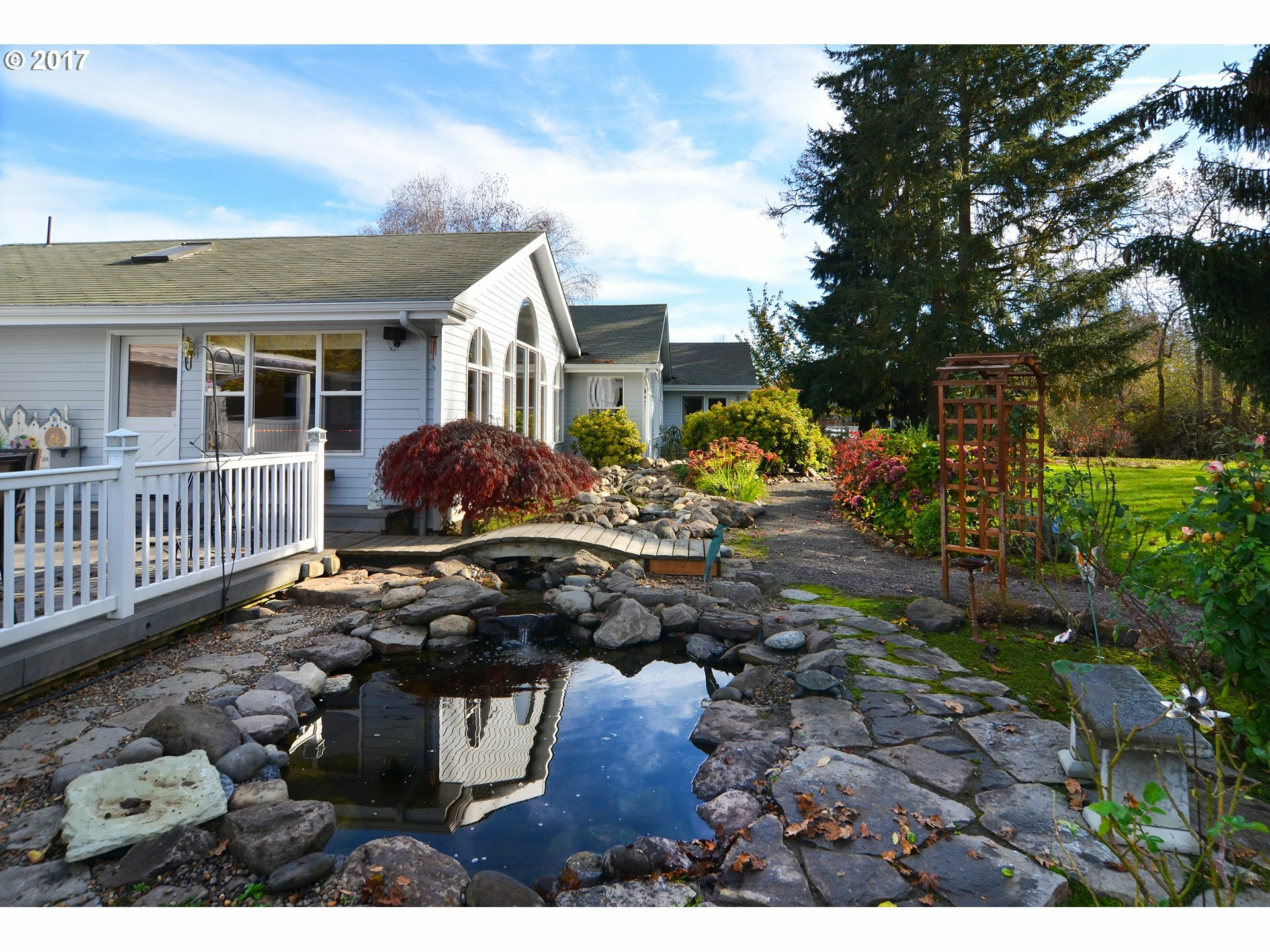 30536 Beacon Dr, Junction City, OR - USA (photo 3)