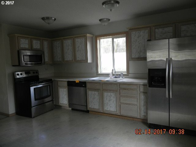 285 7th St, St. Helens, OR - USA (photo 4)