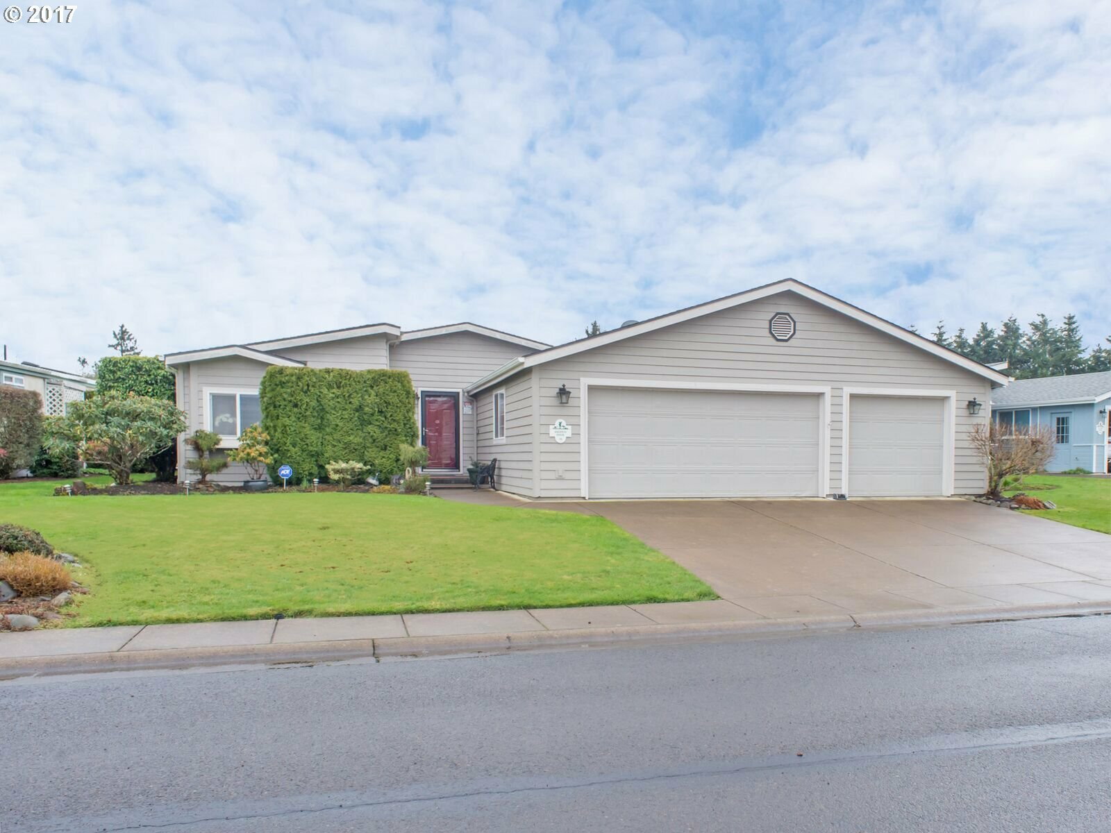 111 Andrew Dr, Cottage Grove, OR - USA (photo 1)