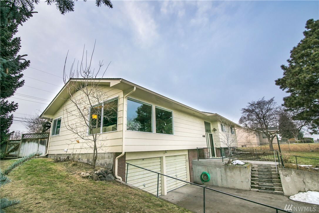 406 Se Highland Park Dr, College Place, WA - USA (photo 2)