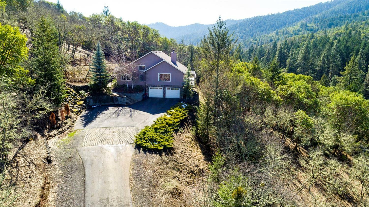 2021 Sterling Creek Road, Jacksonville, OR - USA (photo 1)