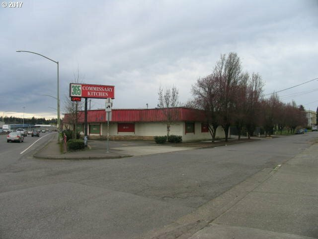 5145 Se Mcloughlin Blvd, Portland, OR - USA (photo 1)