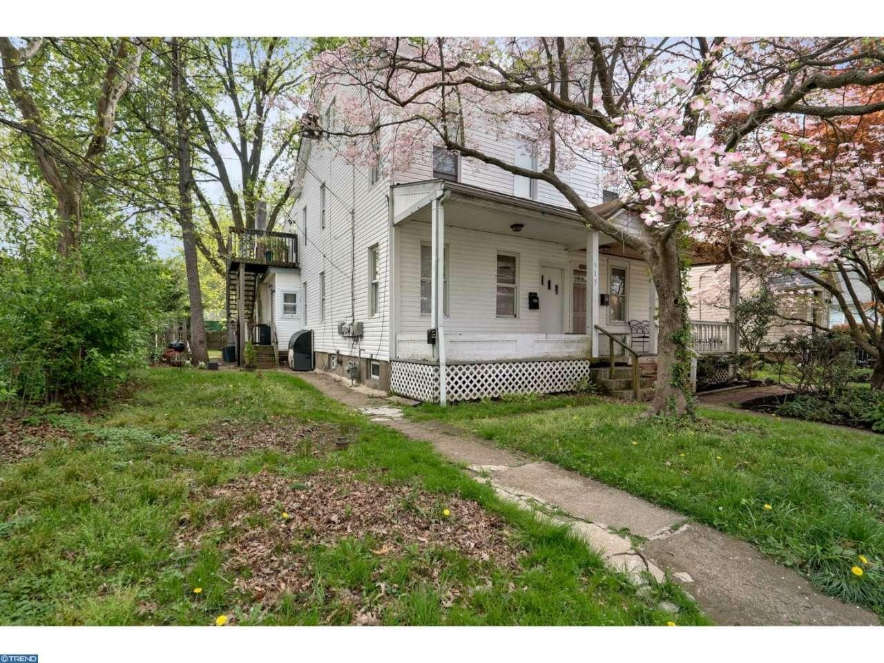 515 Crown St, Morrisville, PA - USA (photo 1)