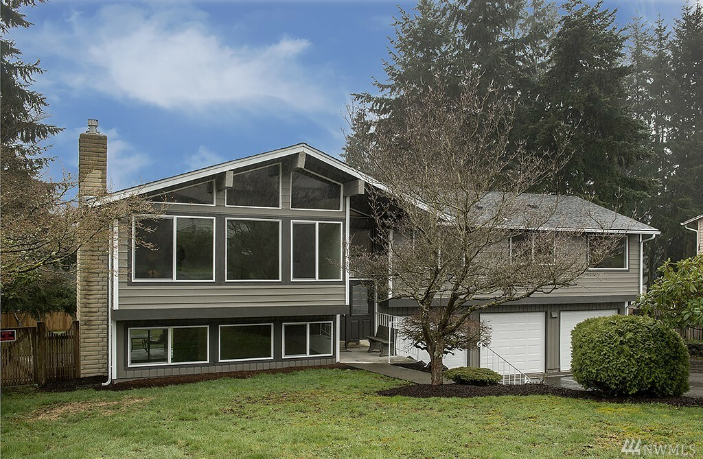 8801 Vistarama Ave, Everett, WA - USA (photo 1)