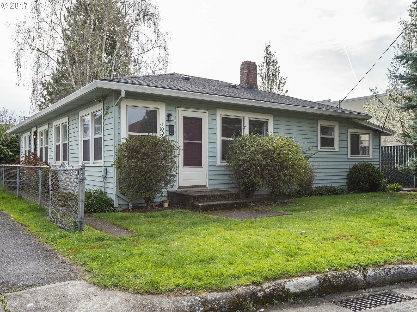 1006 Ne 57th Ave, Portland, OR - USA (photo 1)