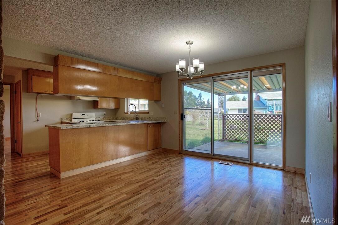 10801 105th St Sw, Tacoma, WA - USA (photo 4)