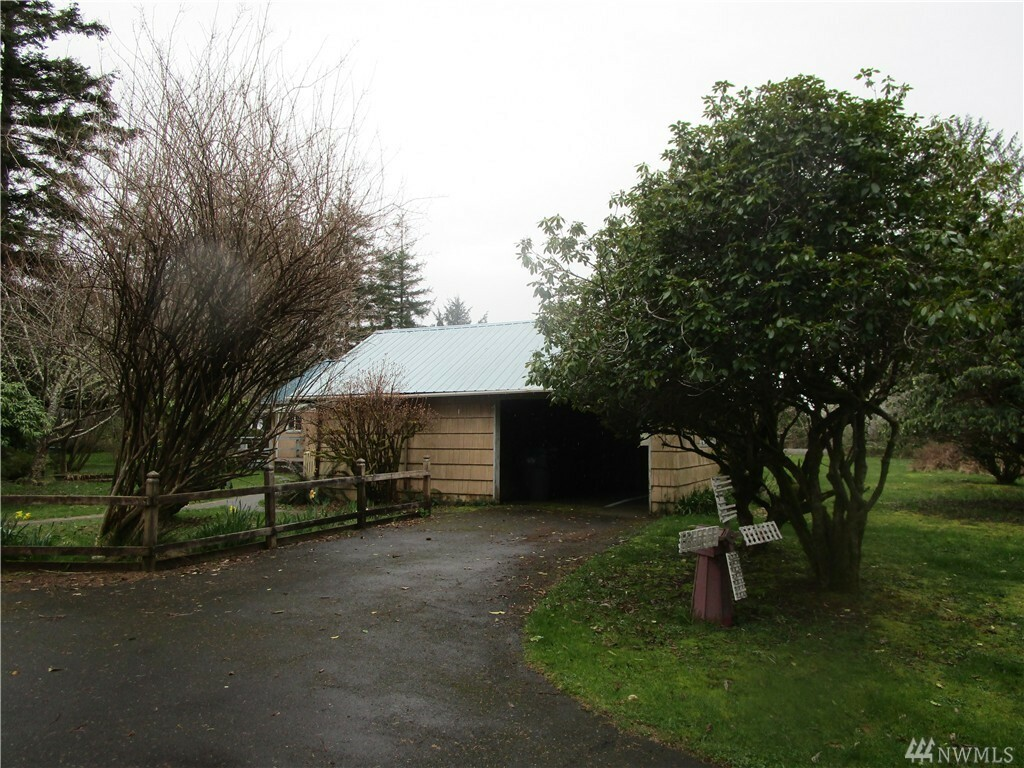 266 Burrows Rd, Hoquiam, WA - USA (photo 2)