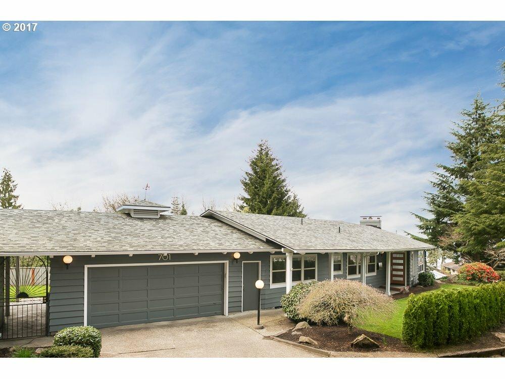 701 Nw Warrenton Ter, Portland, OR - USA (photo 1)