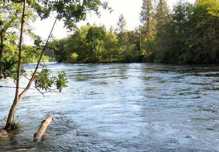 2363 Old Ferry Road, Shady Cove, OR - USA (photo 1)