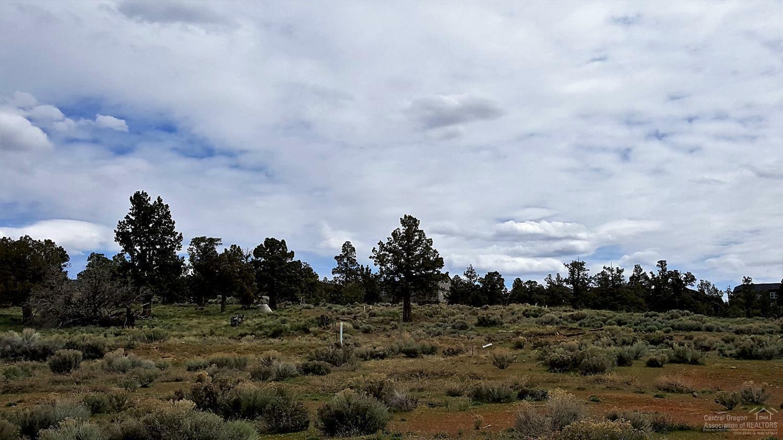 2390 2460 Southwest Helmholtz Way, Redmond, OR - USA (photo 2)