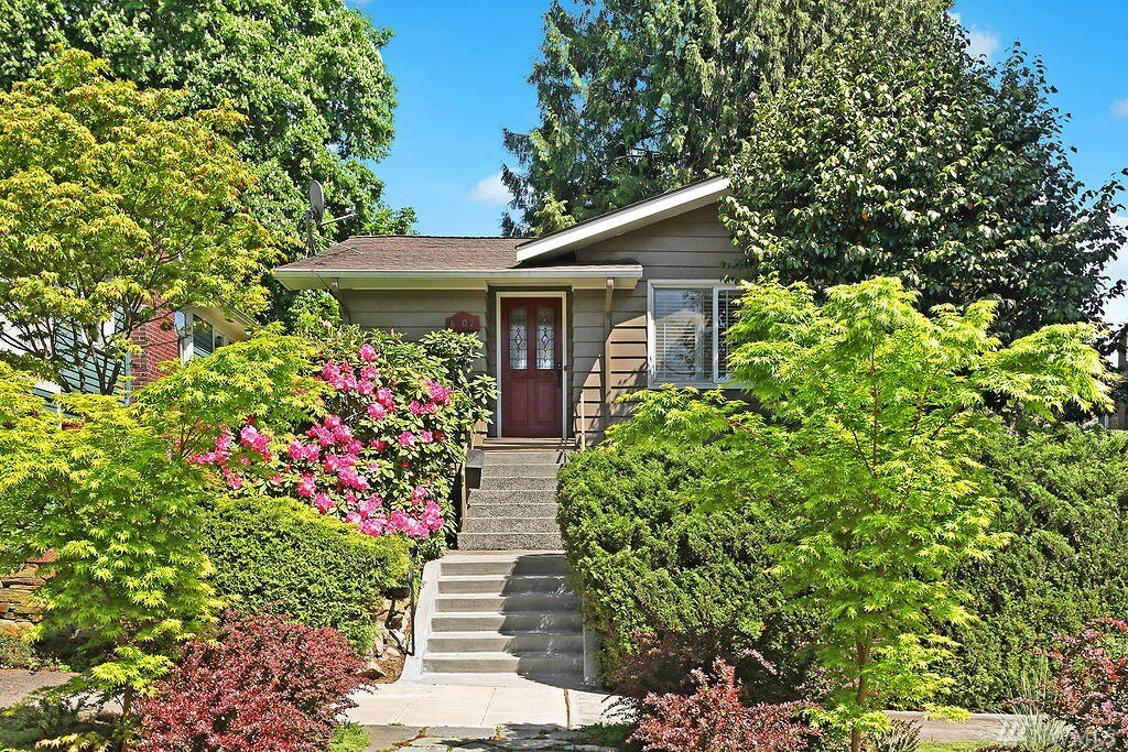6202 27th Ave Ne, Seattle, WA - USA (photo 1)