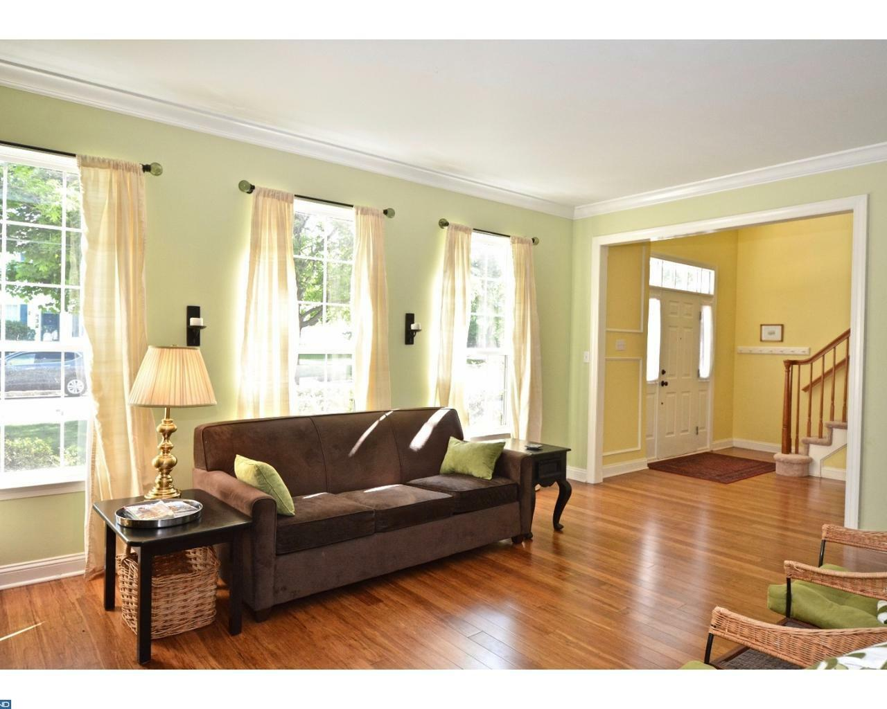 7 Larchmont Ct, Pennington, NJ - USA (photo 4)