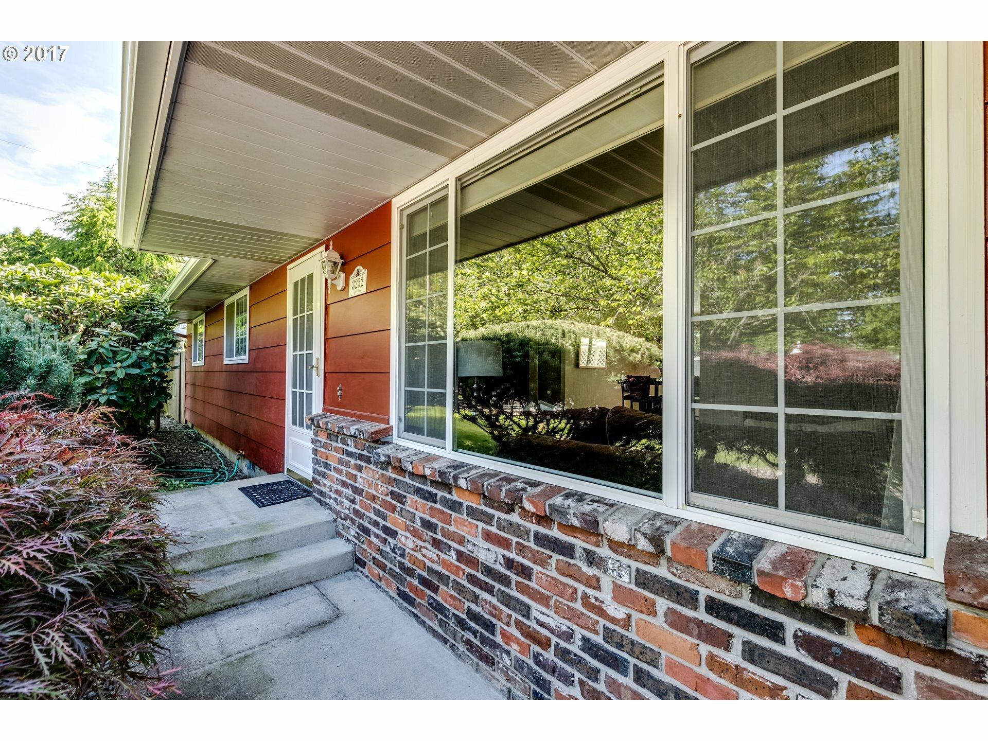 3252 Stark St, Eugene, OR - USA (photo 3)
