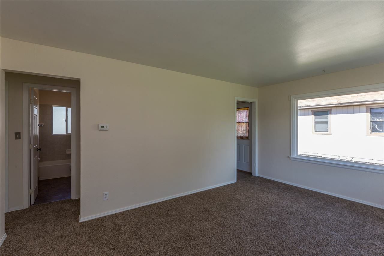 1227 E Hoffman Ave, Spokane, WA - USA (photo 5)