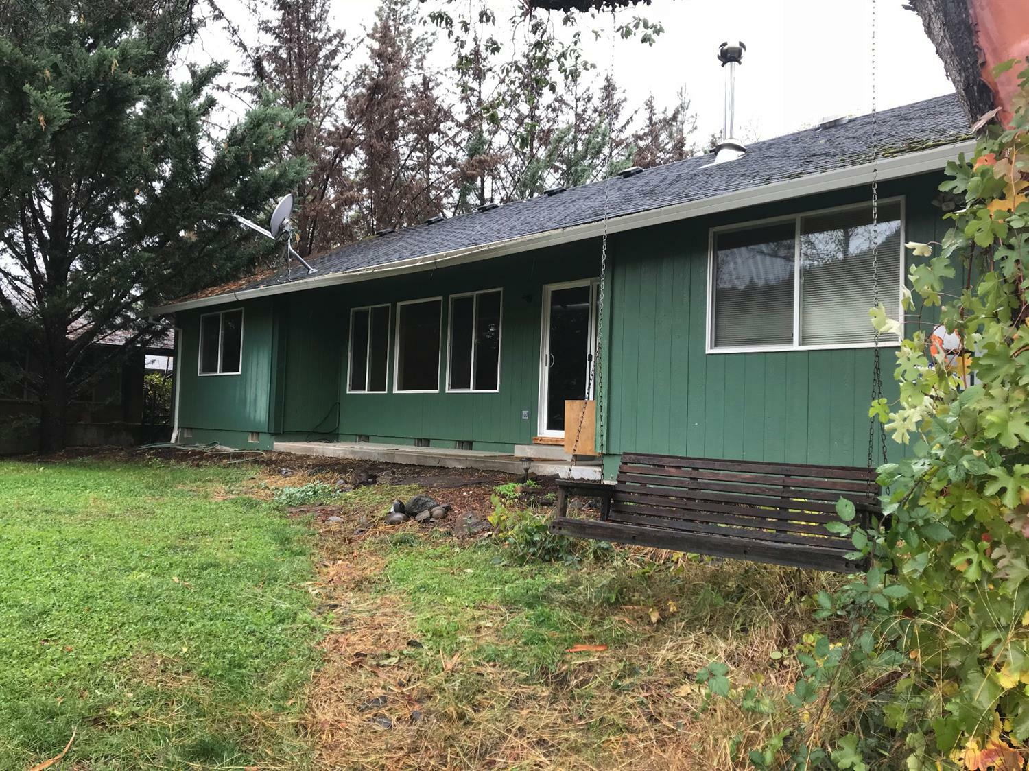 22174 Highway 62, Shady Cove, OR - USA (photo 3)