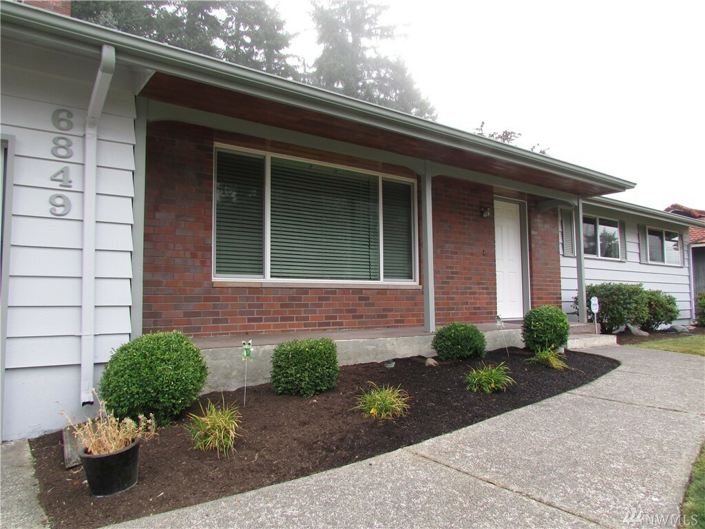 6849 E Grandview St, Tacoma, WA - USA (photo 2)
