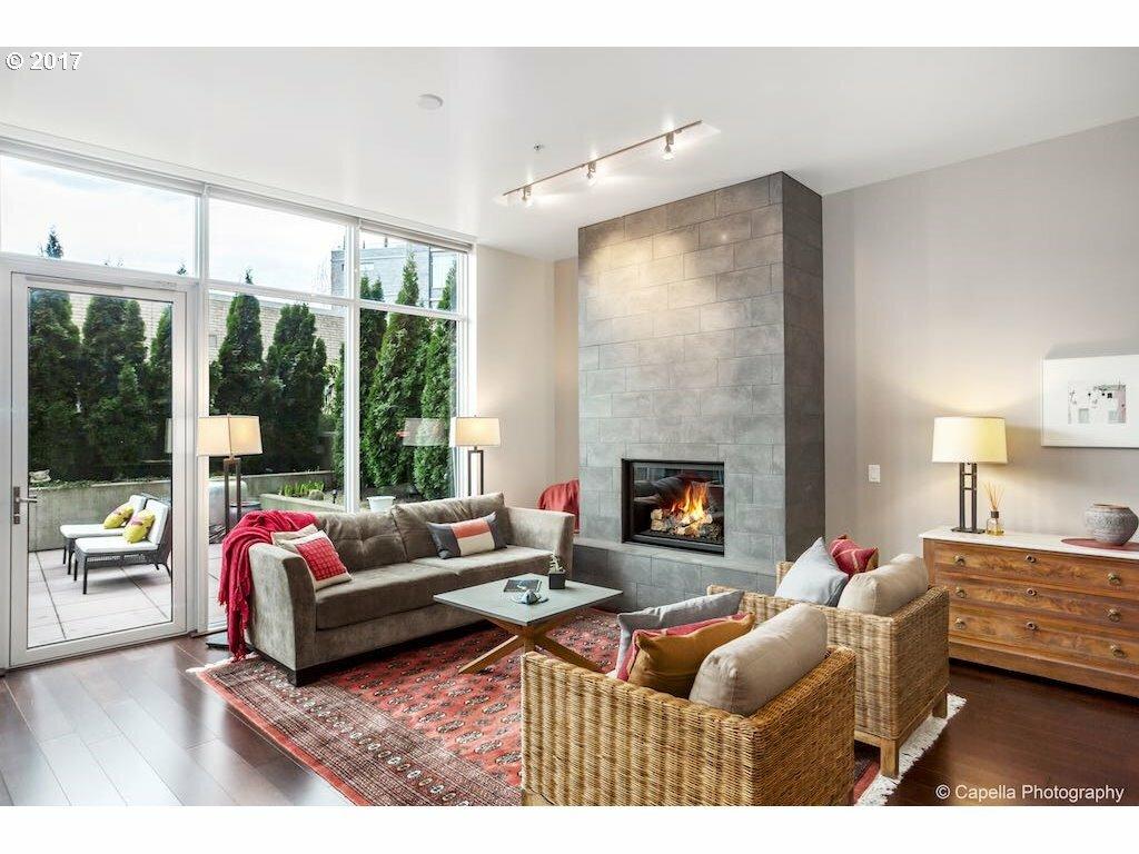 949 Nw Overton St 305, Portland, OR - USA (photo 2)
