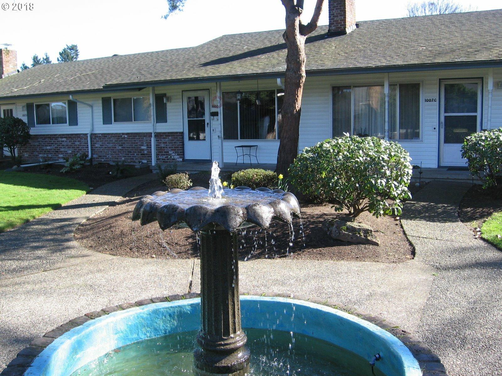 1007 Ne 90th Ave B, Portland, OR - USA (photo 1)