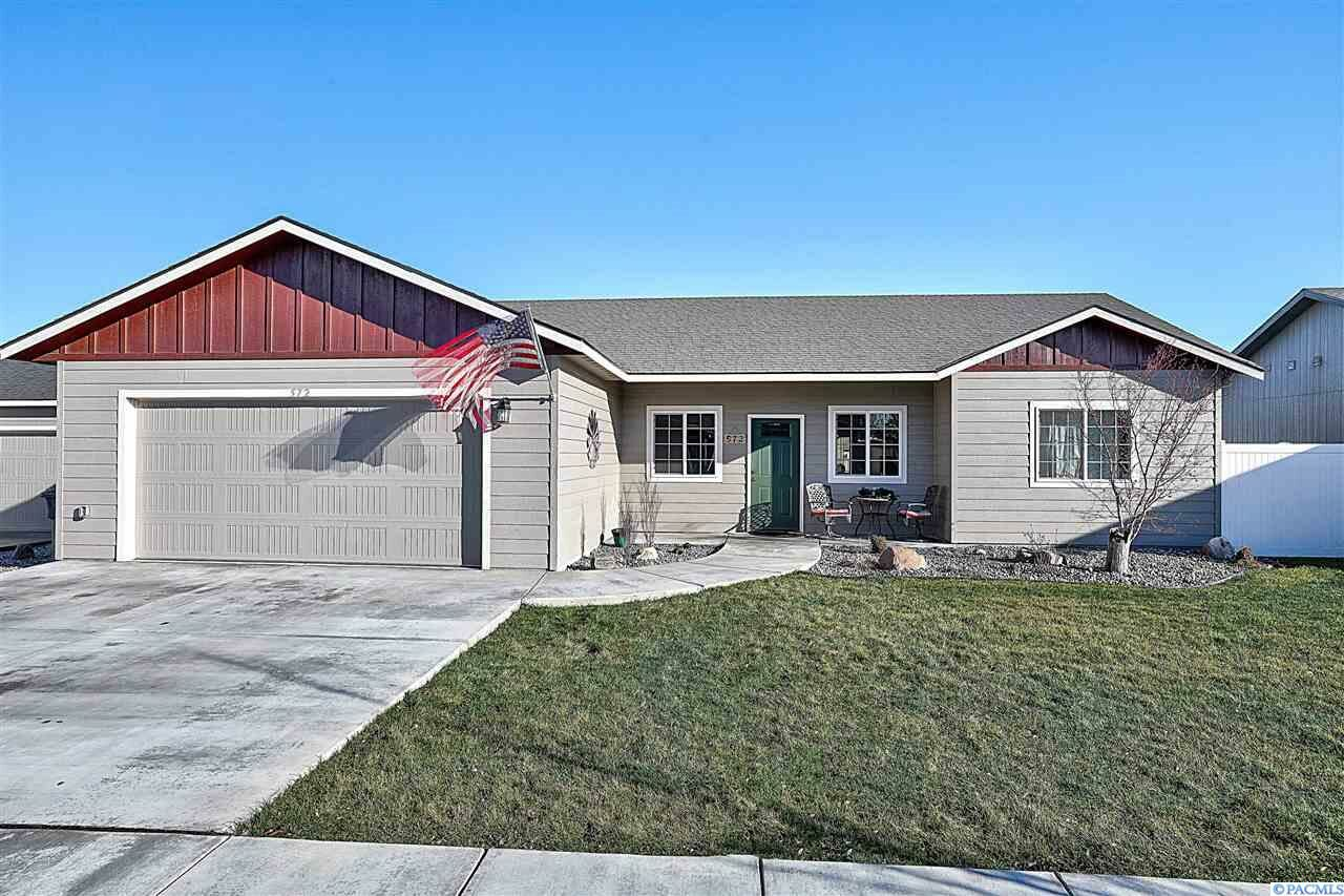 572 N Irving Pl Kennewick Wa 99336 3 Bed 2 Bath