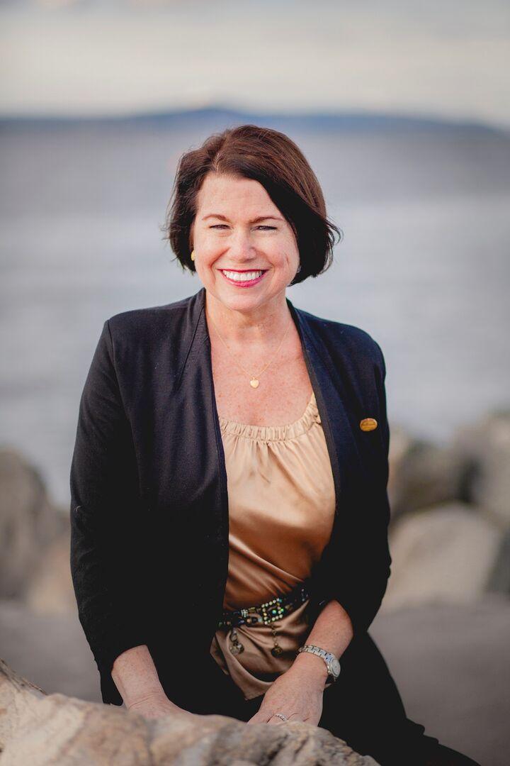 Laurie Barrow
