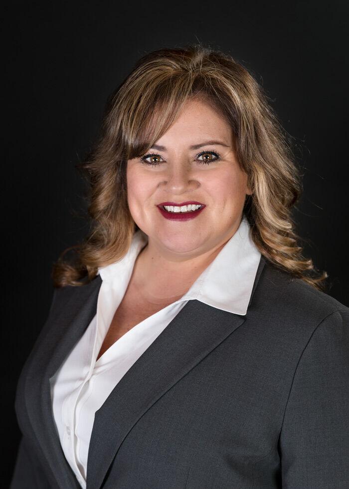 Angela Martinez 00971243