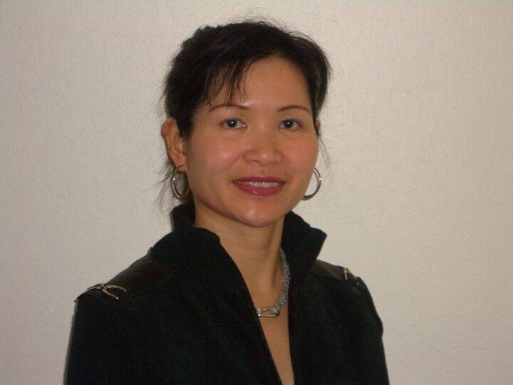 Amy Lo,  in Cupertino, Intero Real Estate
