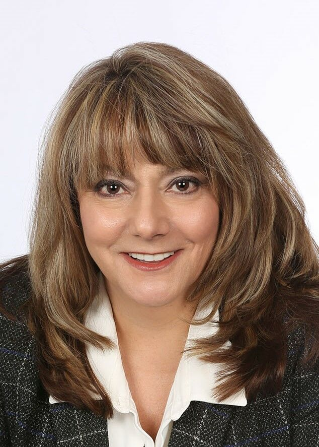 Carolyn Bardach