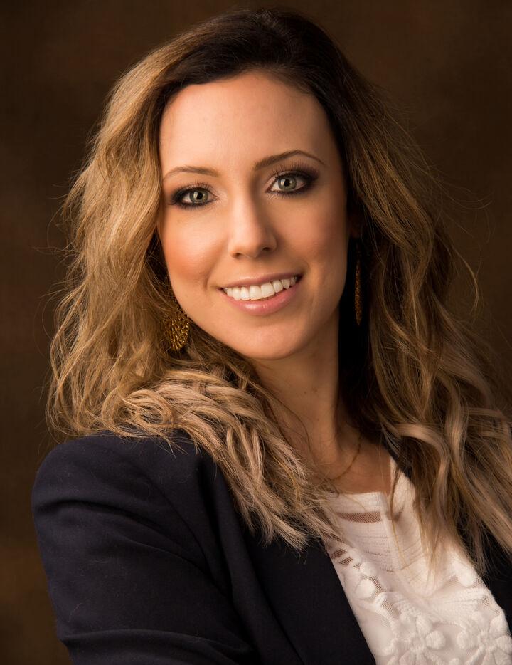 Jess Delhonte, Realtor in San Jose, Intero Real Estate