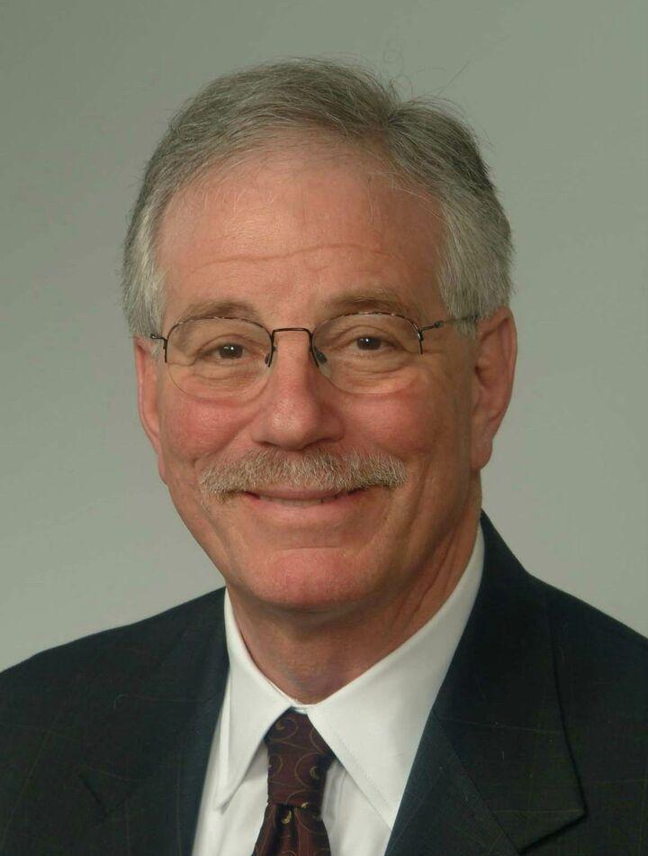 Douglas Tobin,  in Saratoga, Intero Real Estate