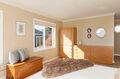 Master suite & balcony