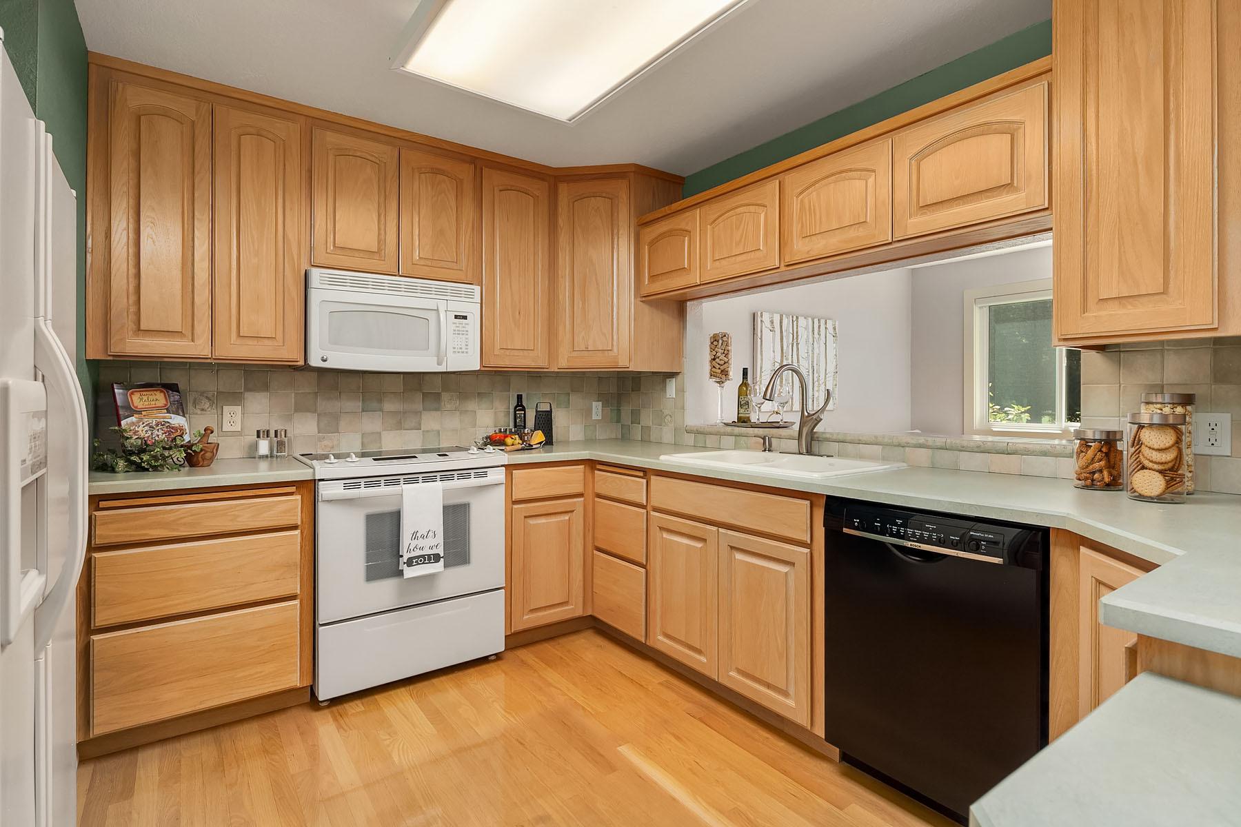 14601 Ne 50th Place E-4, Bellevue, WA - USA (photo 3)