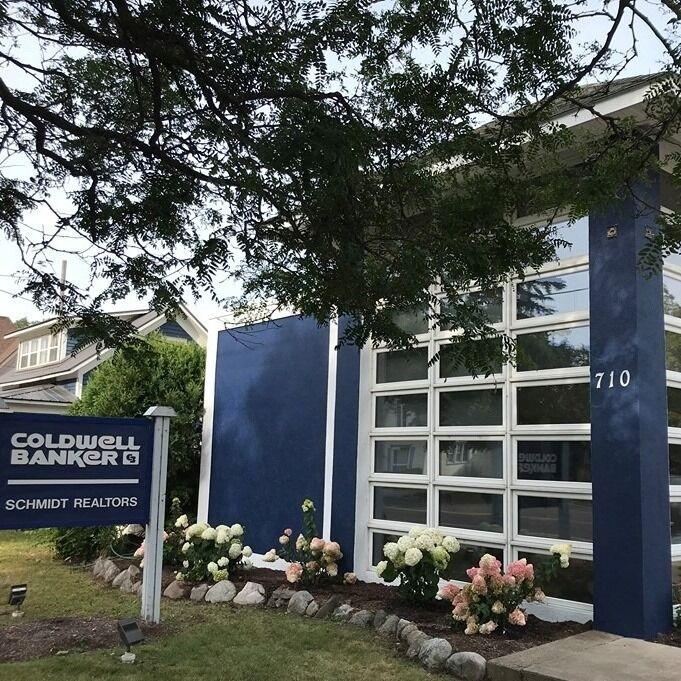 Coldwell Banker Schmidt Realtors - Charlevoix, Charlevoix, Schmidt Real Estate
